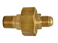 "MEC™ 1/2"" MNPT x 3/8"" Male Flare Dielectric Union (ME690)"